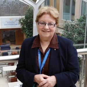 Dr Gail Beck